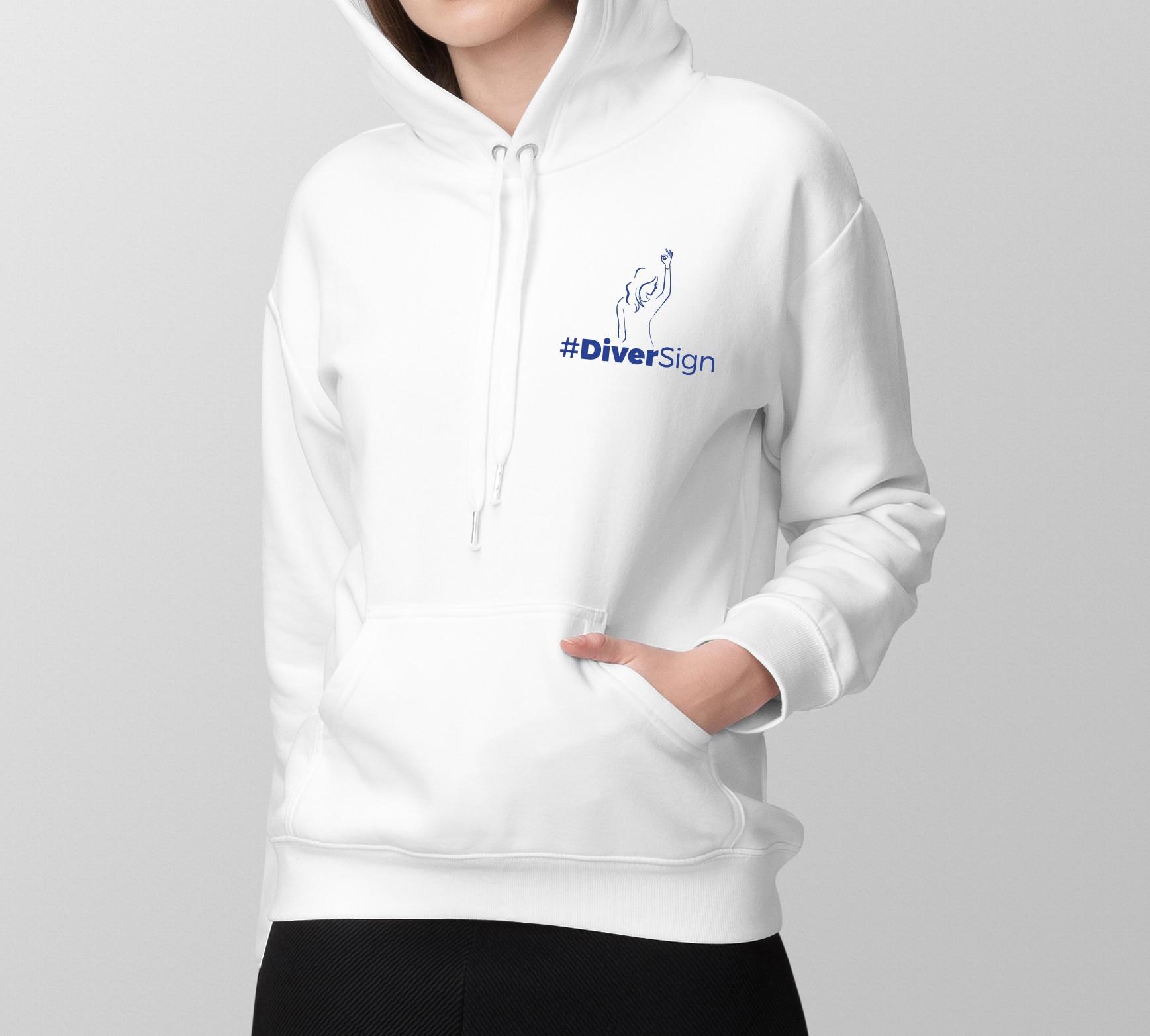Sweat à capuche femme blanc (logo coeur)